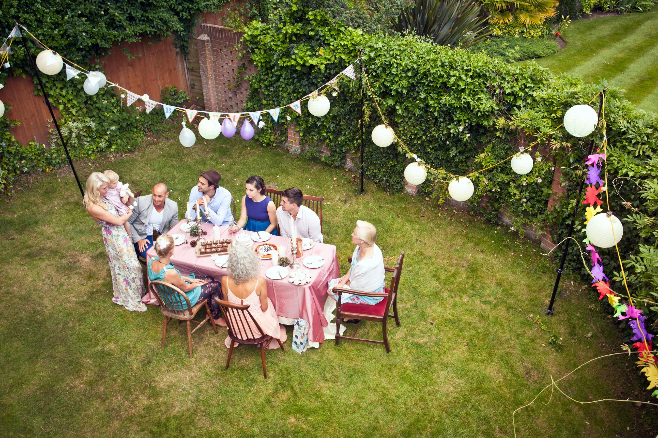 birthday-party-decoration-ideas-outdoor-luxury-throw-an-inexpensive-outdoor-party-of-birthday-party-decoration-ideas-outdoor.jpg