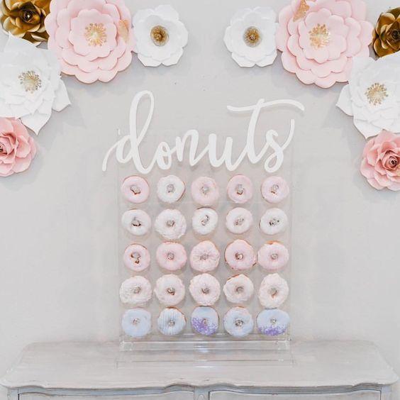 acrylic donut stand.jpg