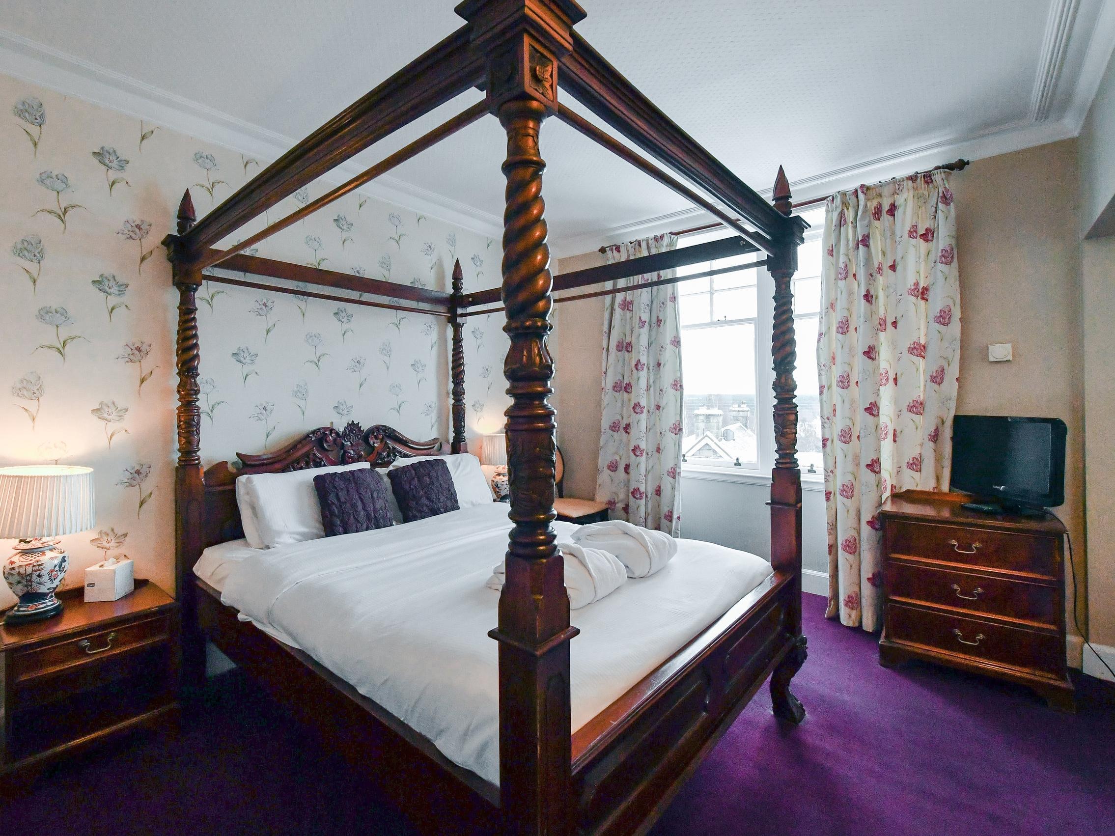 deluxe-hotel-room-near-aviemore