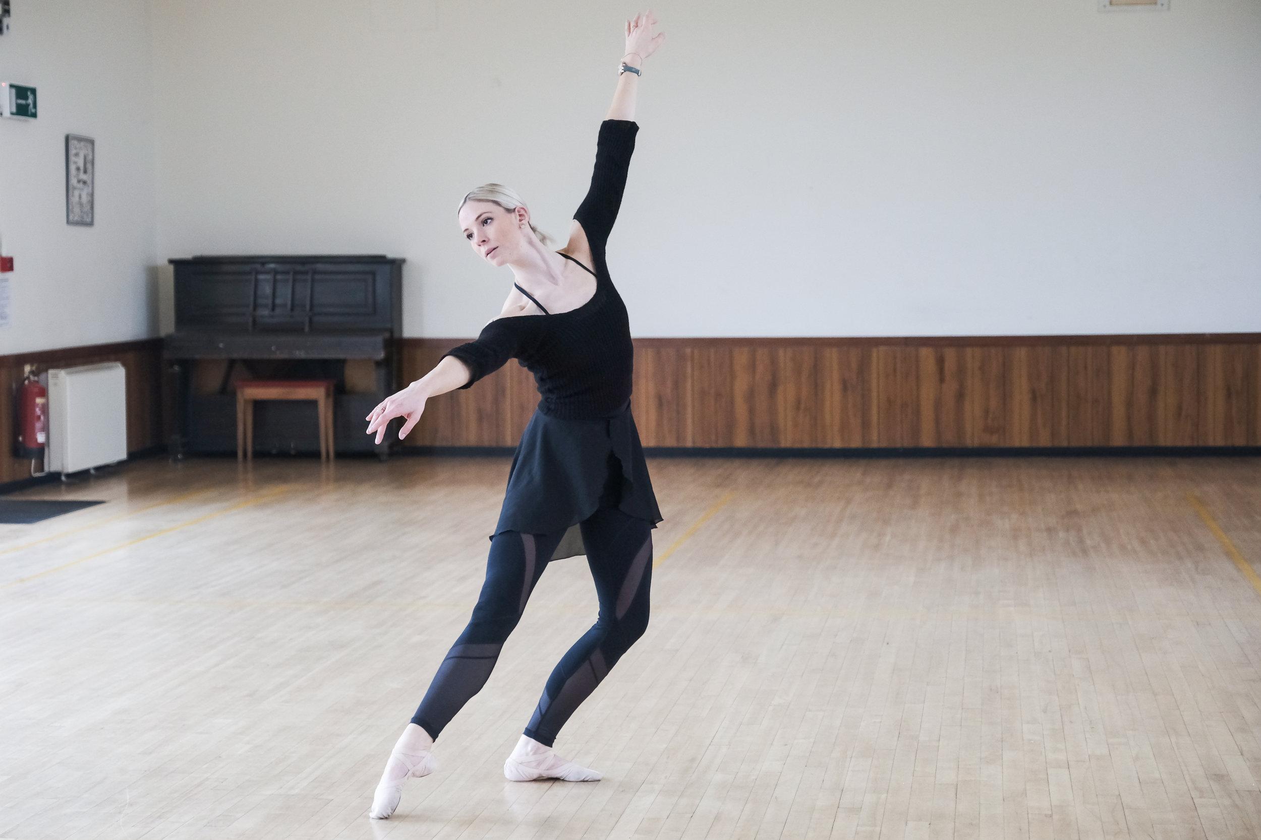 Faye Meeks. Ballet dancer.