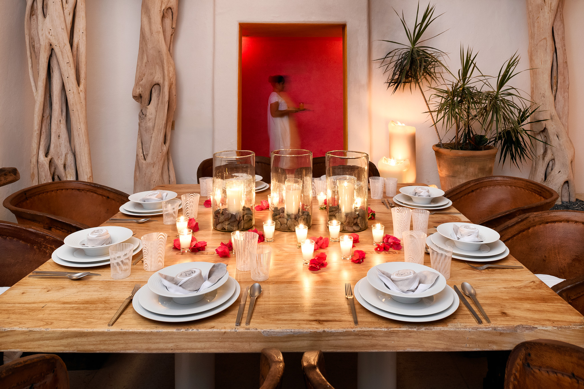 09-Dining Candles.jpg