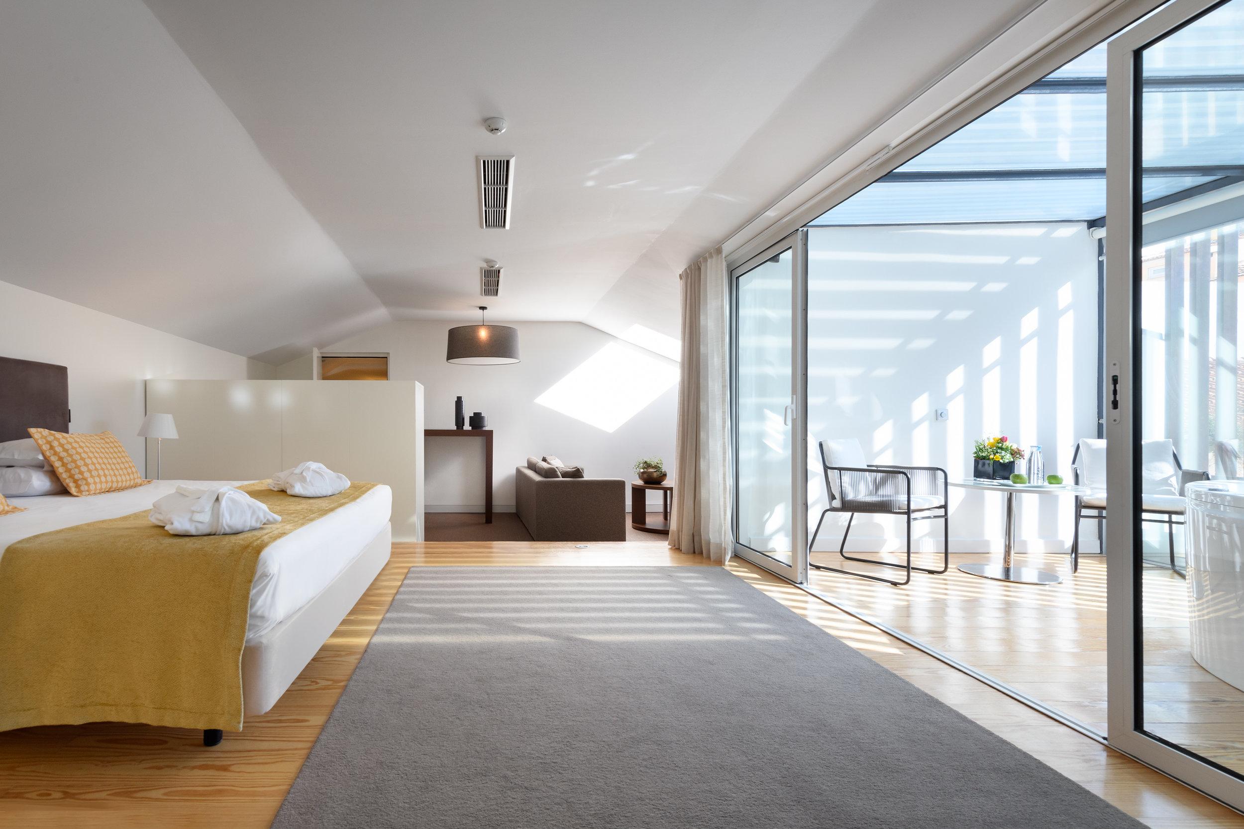 26-Suite Spa.jpg