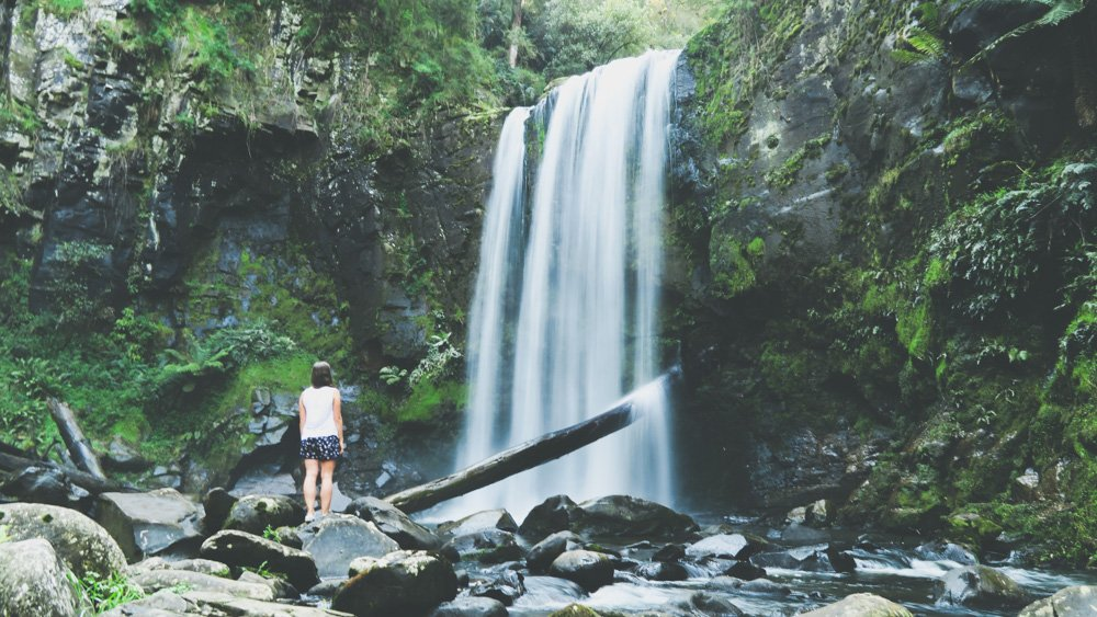 Day trips from Melbourne - Hopetoun falls in Lorne