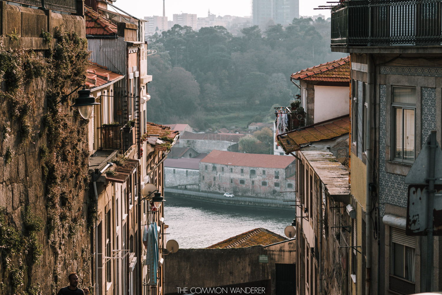 The colourful facade of Porto's streets - the best Porto photography locations