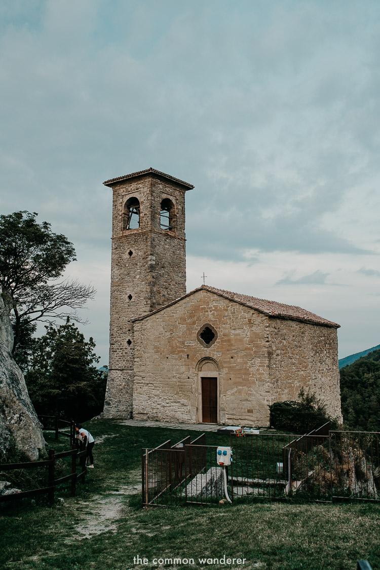 Castello di Carpineti - Hiking the Via Matildica in Emilia Romagna, Italy