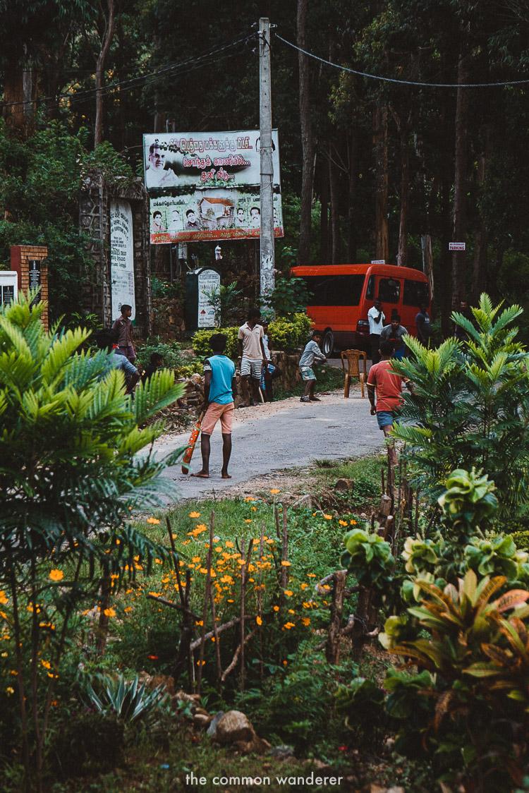 The village of Poonagala near Diyaluma falls | Diyaluma Falls guide