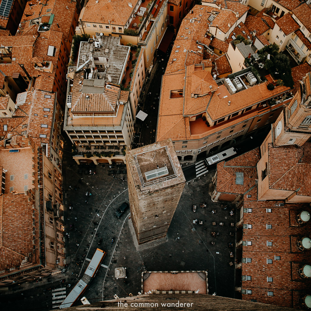 Best things to do in Bologna | twin towers of Bologna, otherwise known as Le Due Torri