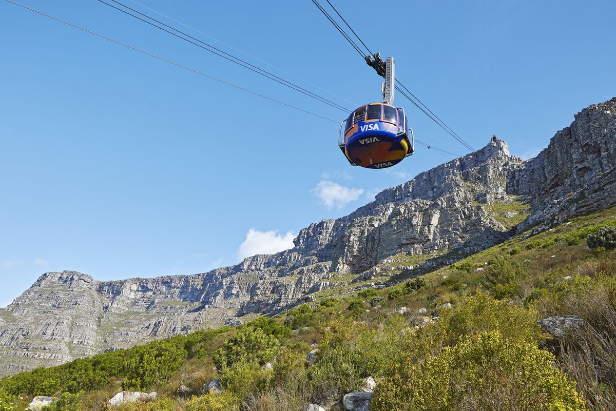 Table Mountain Cable Way - Photo by  Wikipedia
