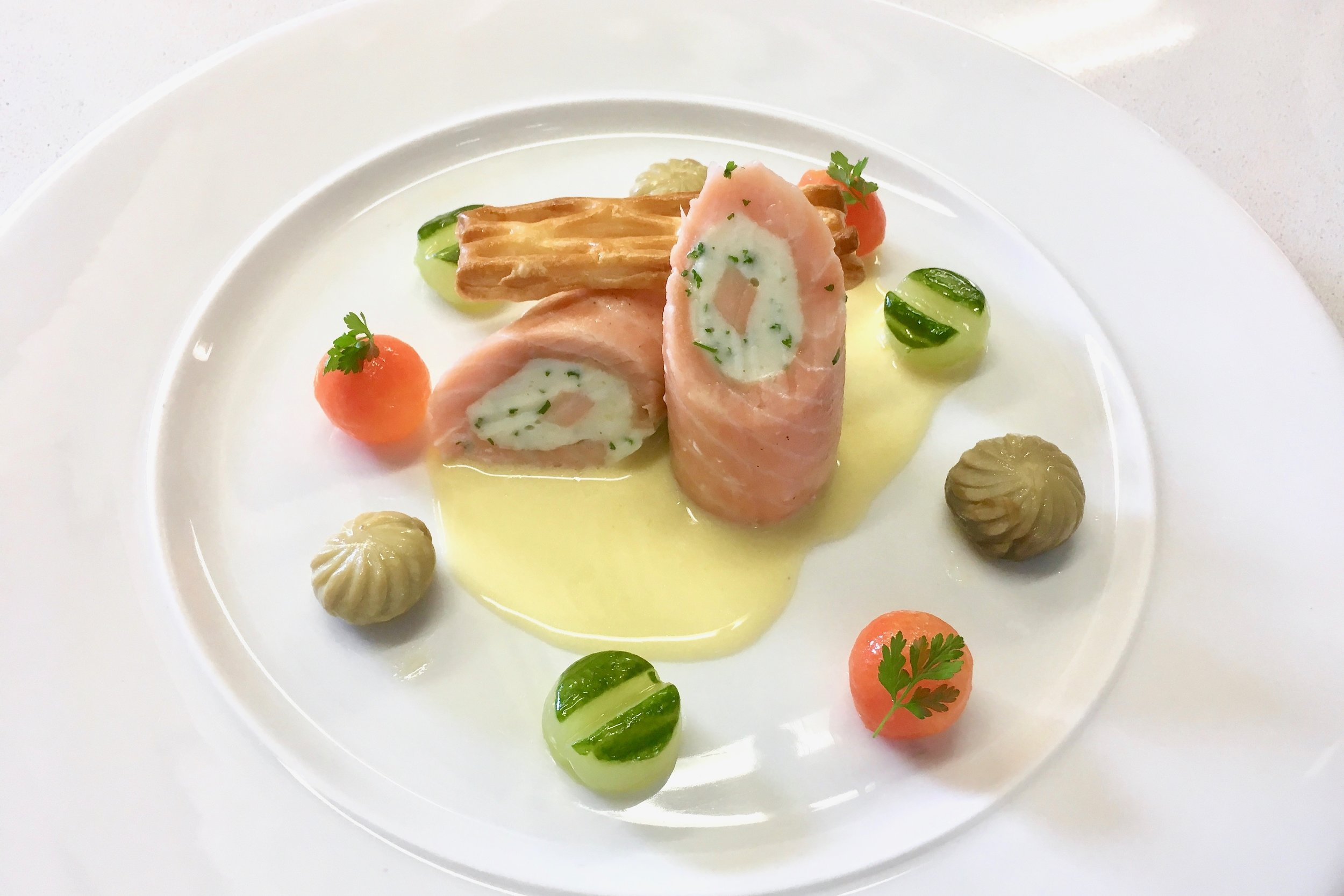 Chef's salmon ballotine with Champagne butter sauce