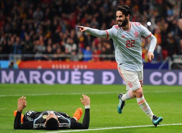 Isco and Zidane Real Madrid La Liga