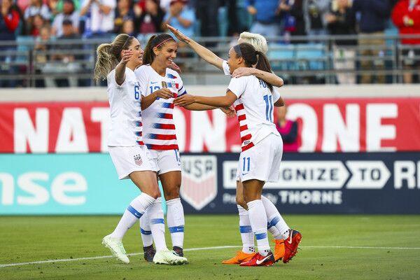 Alex Morgan, Megan Rapinoe celebrate goal against Mexico for USWNT