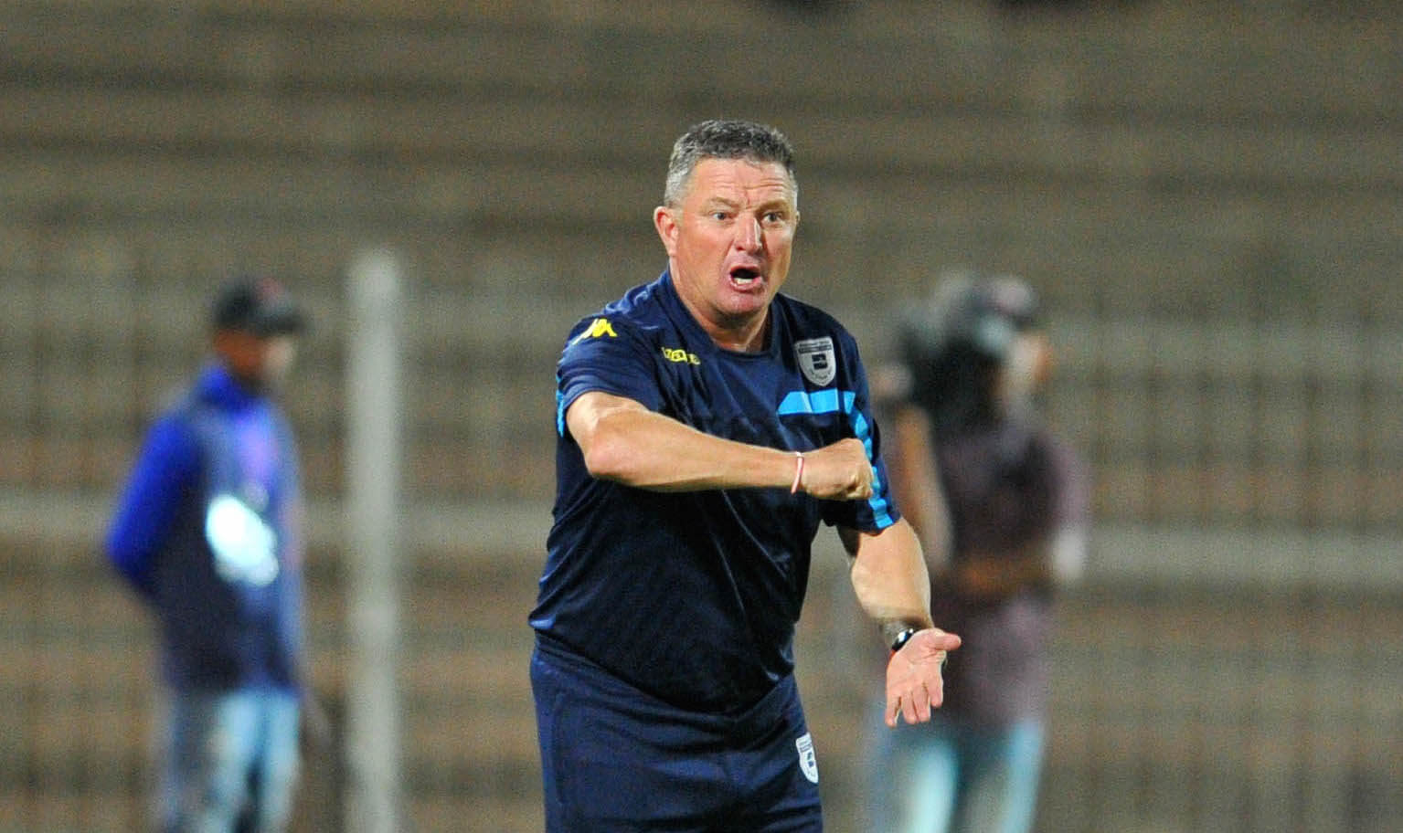 Gavin Hunt coaching the Bidvest Wits in the PSL