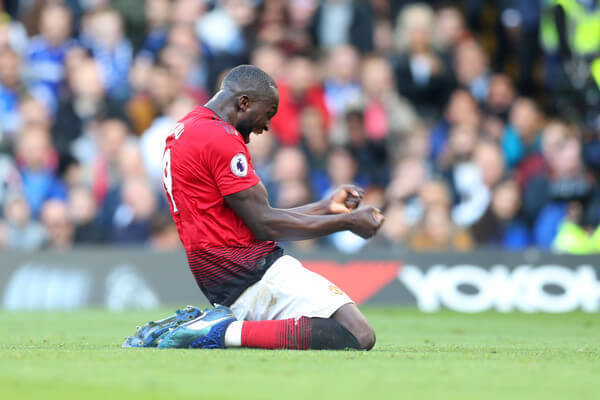 Romelu Lukaku of Manchester United celebrates after Anthony Martial of Manchester United scores his team's second goal during the Premier League match between Chelsea FC and Manchester United at Stamford Bridge on October 20, 2018 in London, United Kingdom.  (Oct. 19, 2018 - Source: Catherine Ivill/Getty Images Europe)