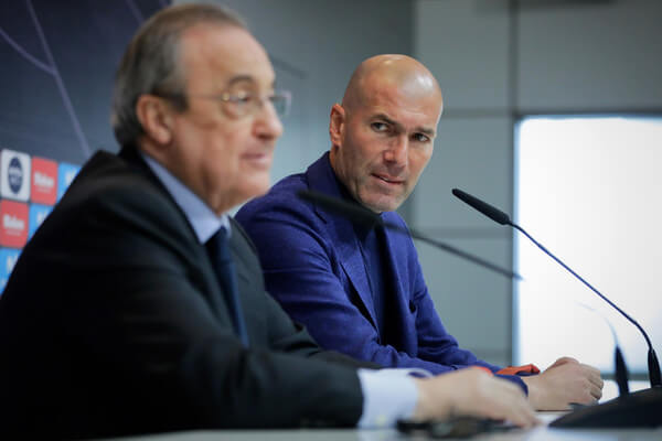 Real Madrid CF president Florentino Perez (L) and Zinedine Zidane (R) attend a press conference to announce his resignation as Real Madrid coach at Valdebebas Sport City on May 31, 2018 in Madrid, Spain. Zidane steps down from the position of Manager of Real Madrid, after leading the club to it's third consecutive UEFA Champions League title.  (May 30, 2018 - Source: Gonzalo Arroyo Moreno/Getty Images Europe)