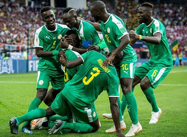 The gauntlet has been laid down by the Senegalese Federation for their Men's National Team, as they stand to win close to $300k Million if they take home the 2019 AFCON title this June. The Black Stars of Ghana stand to win even more, with $4.5M on the table if they bring home the 🏆. You guys excited yet? #Afcon2019 #CAN2019
