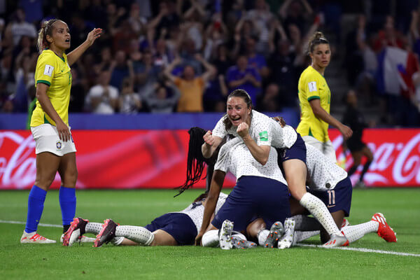 Amandine Henry of France celebrates her team's second goal with team mates during the 2019 FIFA Women's World Cup France Round Of 16 match between France and Brazil at Stade Oceane on June 23, 2019 in Le Havre, France.  (June 22, 2019 - Source: Getty Images Europe)