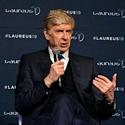 """Wenger on United title chances. Former @arsenal Manager, Arsene Wenger feels that the current Manchester United (@manchesterunited) squad is not ready to challenge for the top flight title. """"Maybe these players are not mature enough to carry the team play of a team like United, altogether. That's the question mark now. You feel there is something coming out but its not ready."""" - Arsene Wenger speaking to BeIN Sports.  A hardly surprising comment given the Red Devils finished 6th in the last campaign and are yet to clinch their first Premier League title since Alex Fergusson's 2012-13 triumph. In particular, their transfer business in the summer raised a few eyebrows as attacking players such as Lukaku and Sanchez left the club with no adequate replacements coming-in. The signings of Daniel James, Wan Bissaka and Maguire have been positive but clearly not a magic wand to turn their fortunes. Ole's men have 5 points from their opening 4 matches and will now face unbeaten Leicester City on Saturday.  Where will they be when the season closes in May 2020?"""
