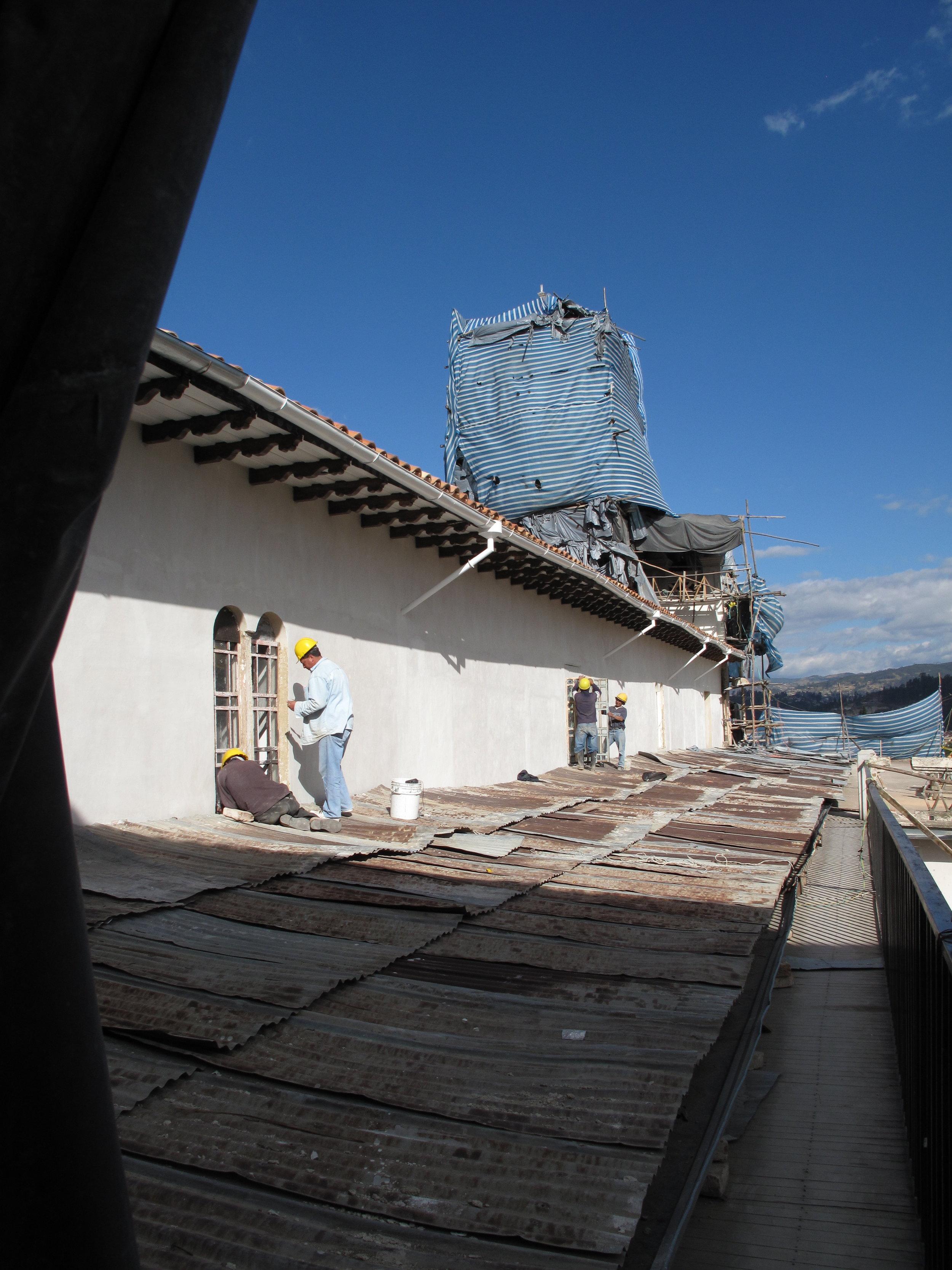 ECU Cuenca Todosantos Convent Roof 1.JPG