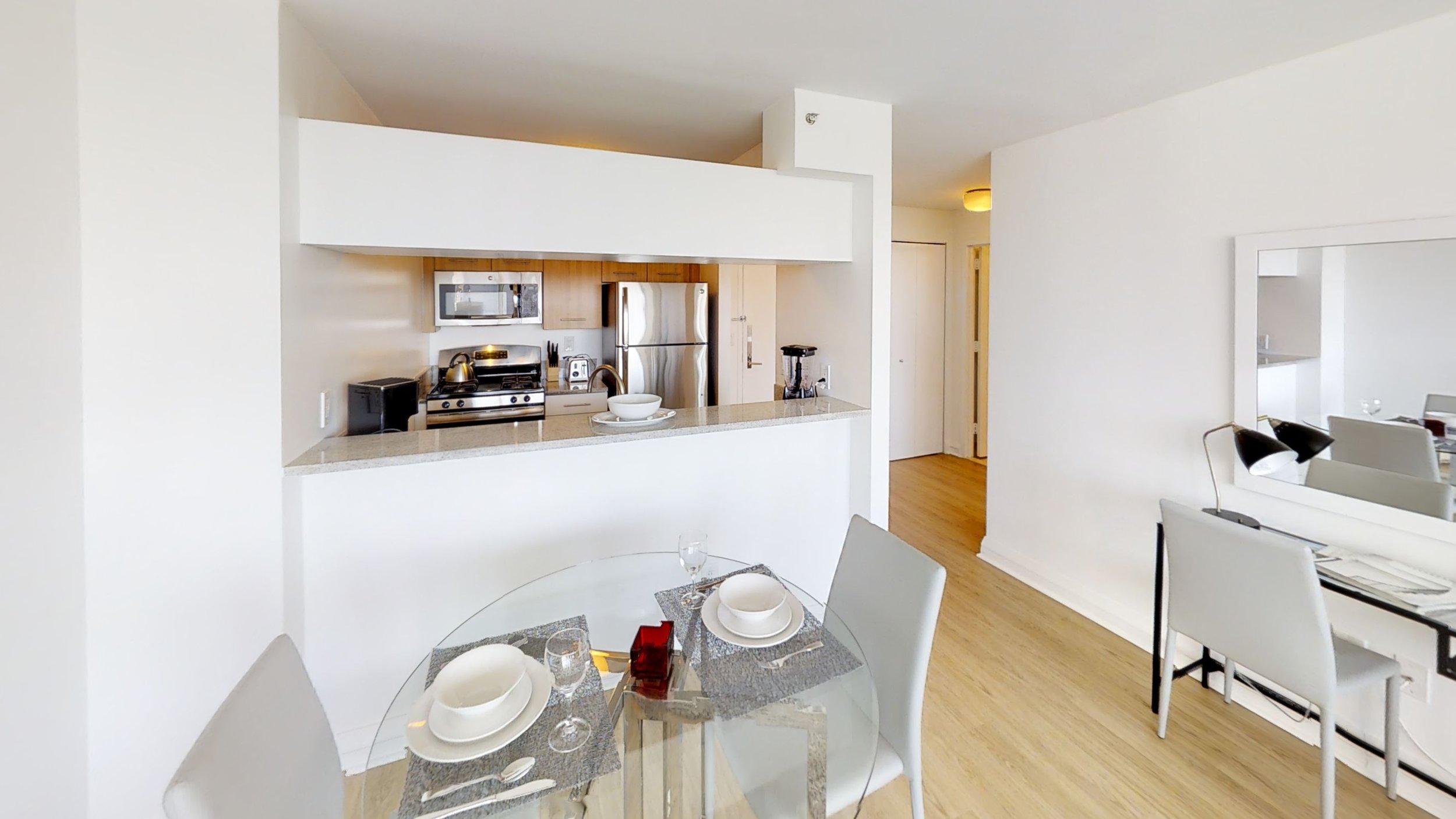 800 Sixth Kitchen.jpg