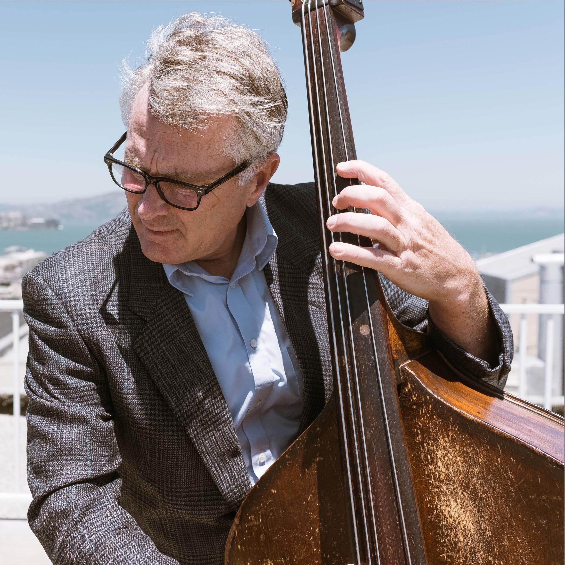 Ari+Munkres+-+Stand+Up+Bass%2C+Gaucho+Jazz