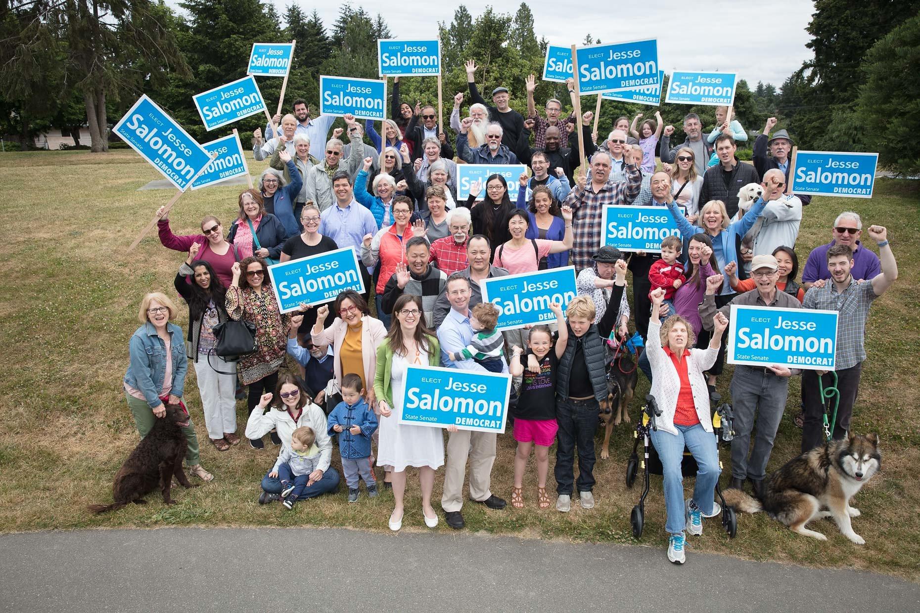 jesse-salomon-with-supporters.jpg