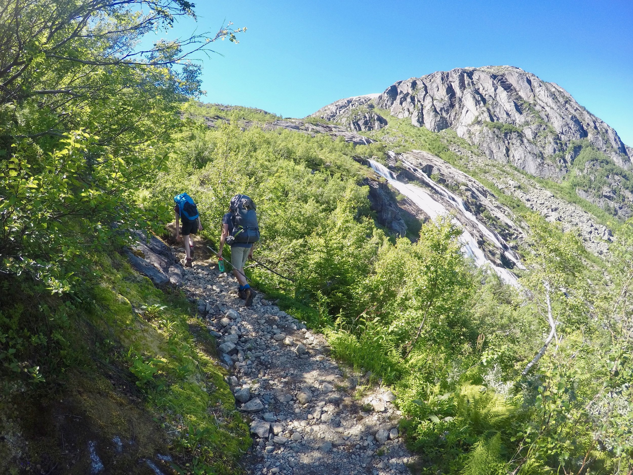 Mountain hiking, passing waterfalls on the way. Photo: Oslo Outdoor