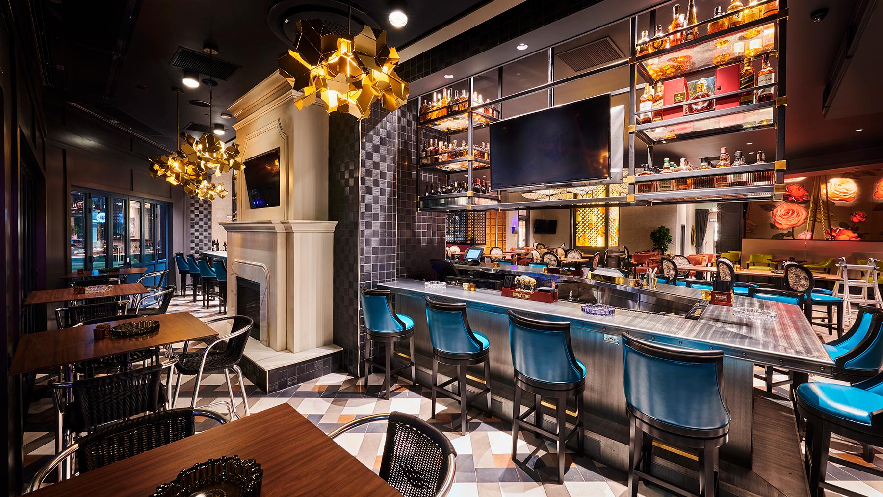 Luxury-Cigar-Bar-Burn-Rocky-Patel.jpg