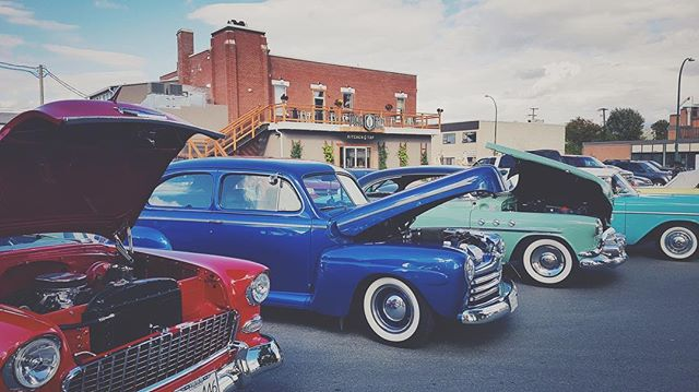Some people, like some cars, get better with age. Come down to Rotary Park for the BC 55+ Games event AND Rocking in the Rockies car club. FOOD TRUCKS, LIVE MUSIC, OLD CARS, and OLD PEOPLE, TODAY till 7pm. Rooftop patio is open!⠀ .⠀ .⠀ .⠀ .⠀ .⠀ .⠀ .⠀ .⠀ .⠀ #fhkt2018 #heritage #restoration #gastropub #cranbrook #cranbrookbc #downtowncranbrook #explorecranbrook #kootenays #kootenaylife #britishcolumbia #tapintothekootenays #eatlocal #history #microbrew #taphouse #bar #craftbeer #brick #firehall #patio #patioseason #vintagecars #vintagecarshow #britishcolumbia #drinking #old #vintage #retro ⠀ ⠀