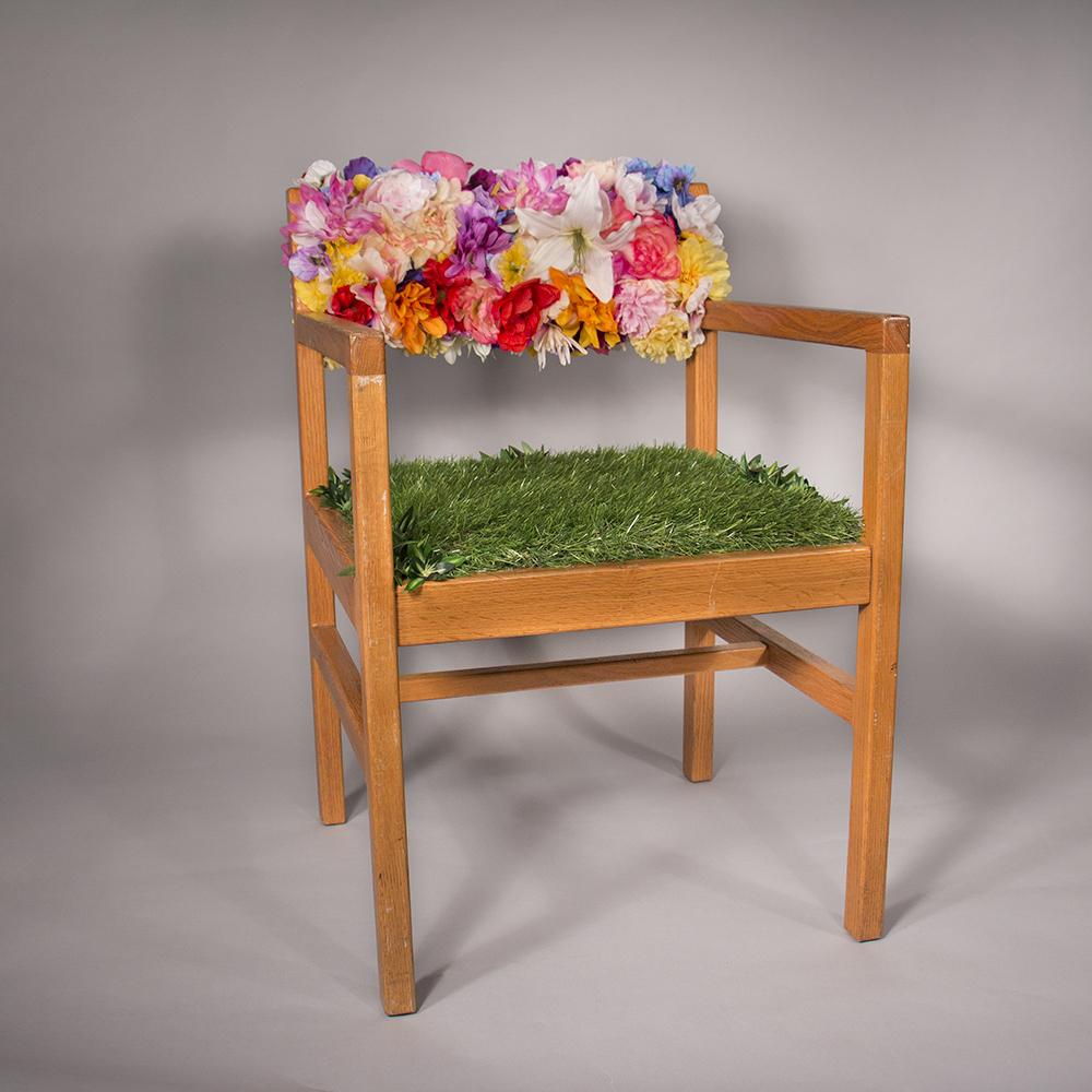 Funeral_Chair_Jacqueline_Foss.jpg