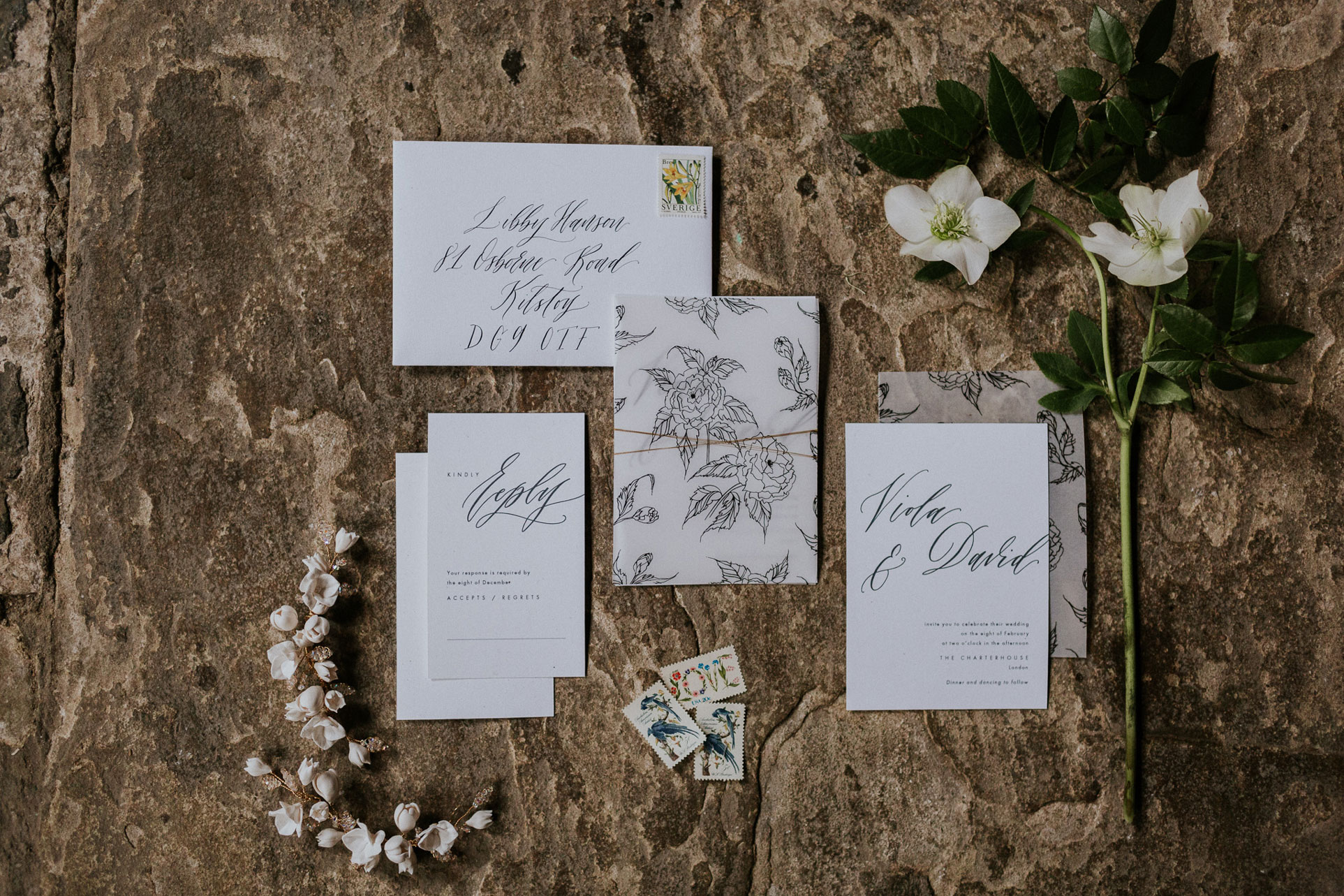 I mixed a modern editorial layout with calligraphy created with a traditional ink and nib for a sophisticated design. Introducing a vellum sheet detail and gold touch for a modern elegant feeling.