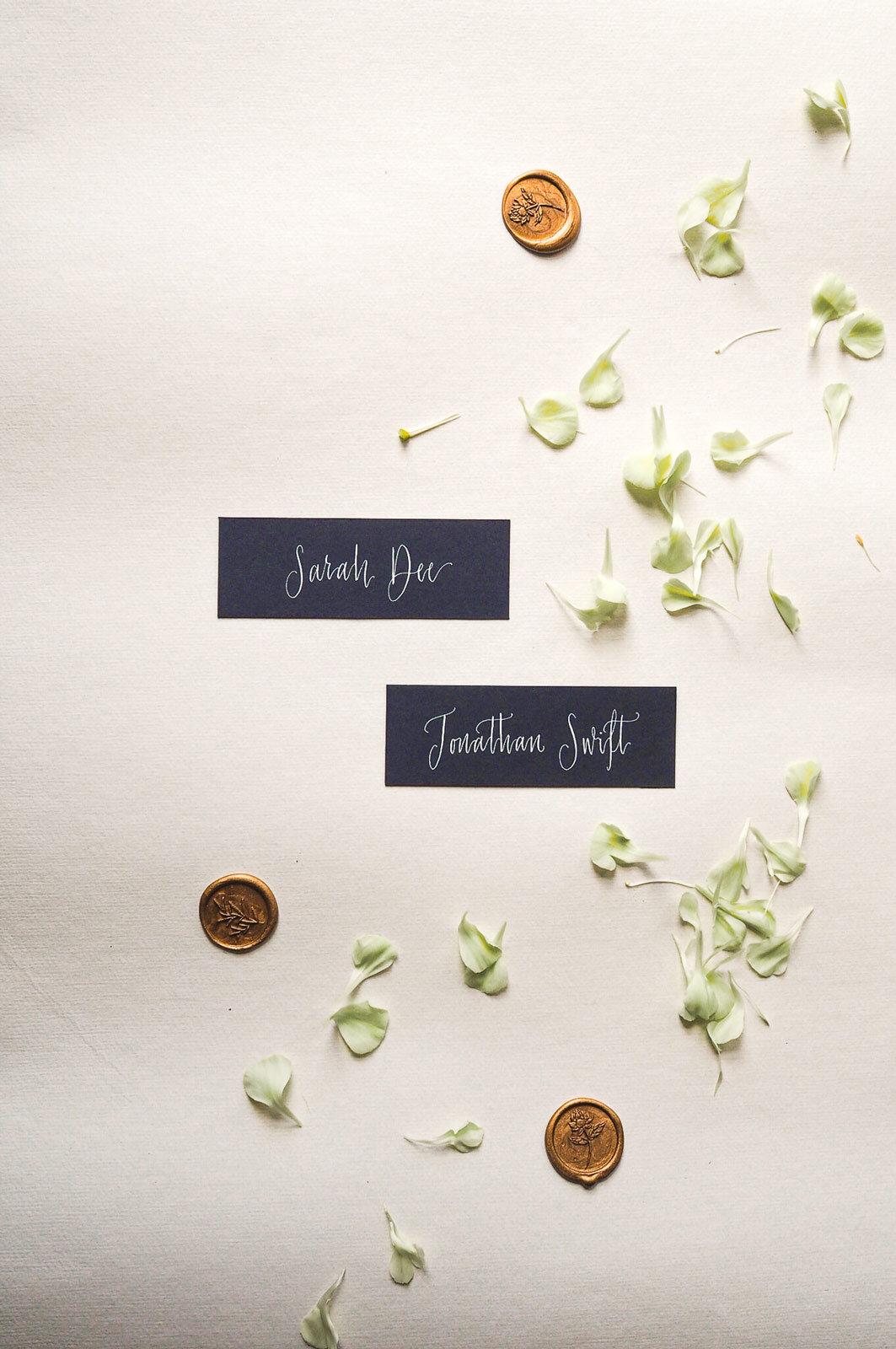 mathilda-lundin_calligraphy-style-4-modern-minimalist.jpg