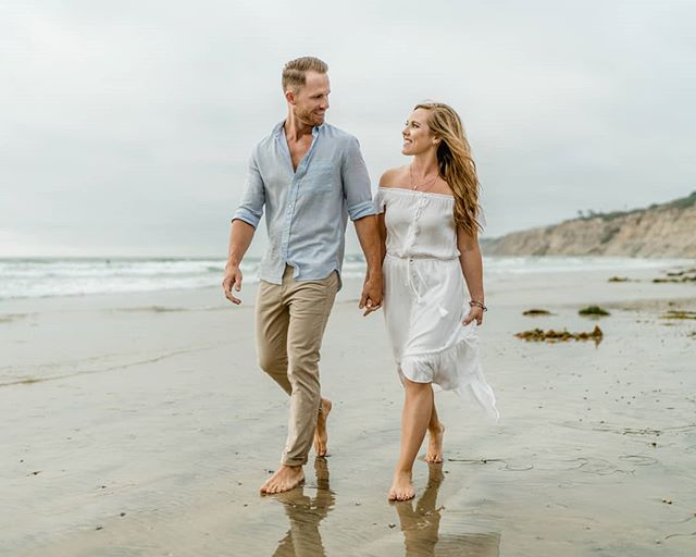 It was a gloomy evening in La Jolla but this couple made everything else shine bright because they are freaking amazing! Shout out to Brittany & Drew for being such a great couple!