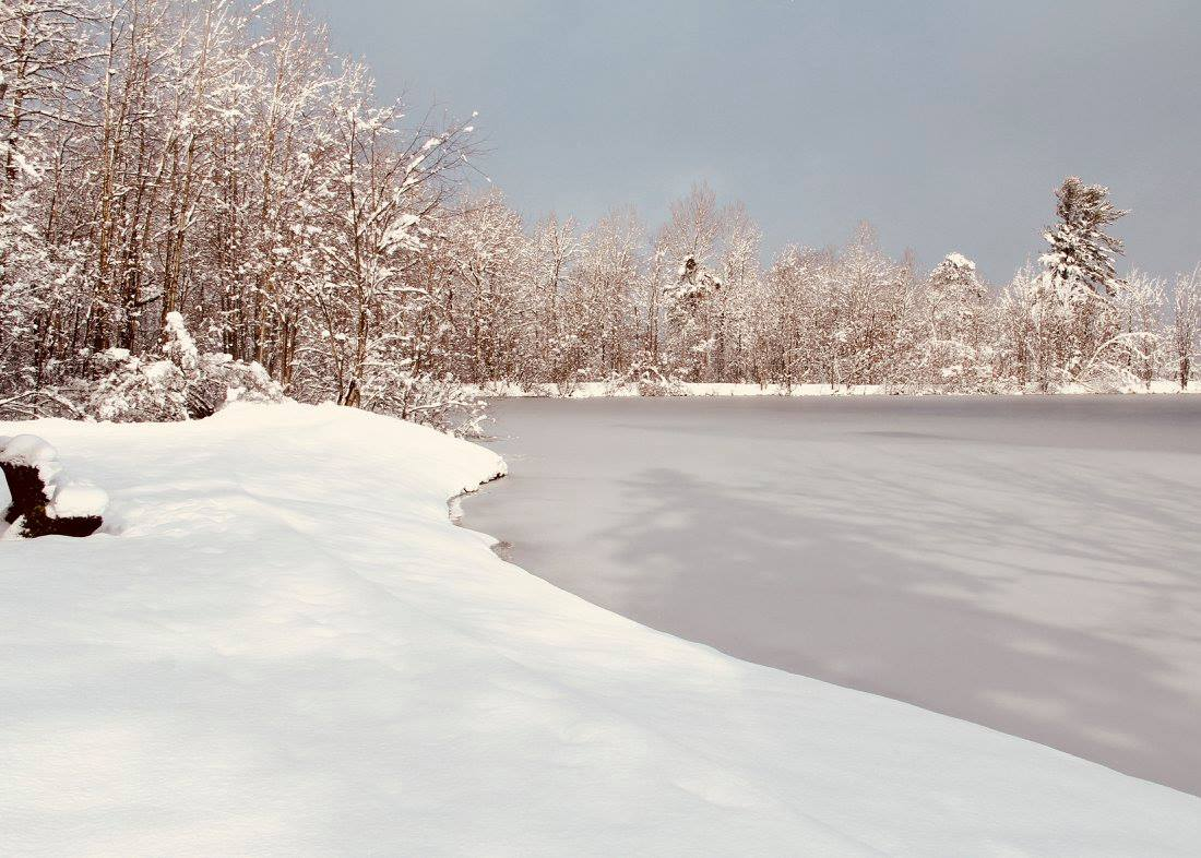 Ice and snow at the reservoir