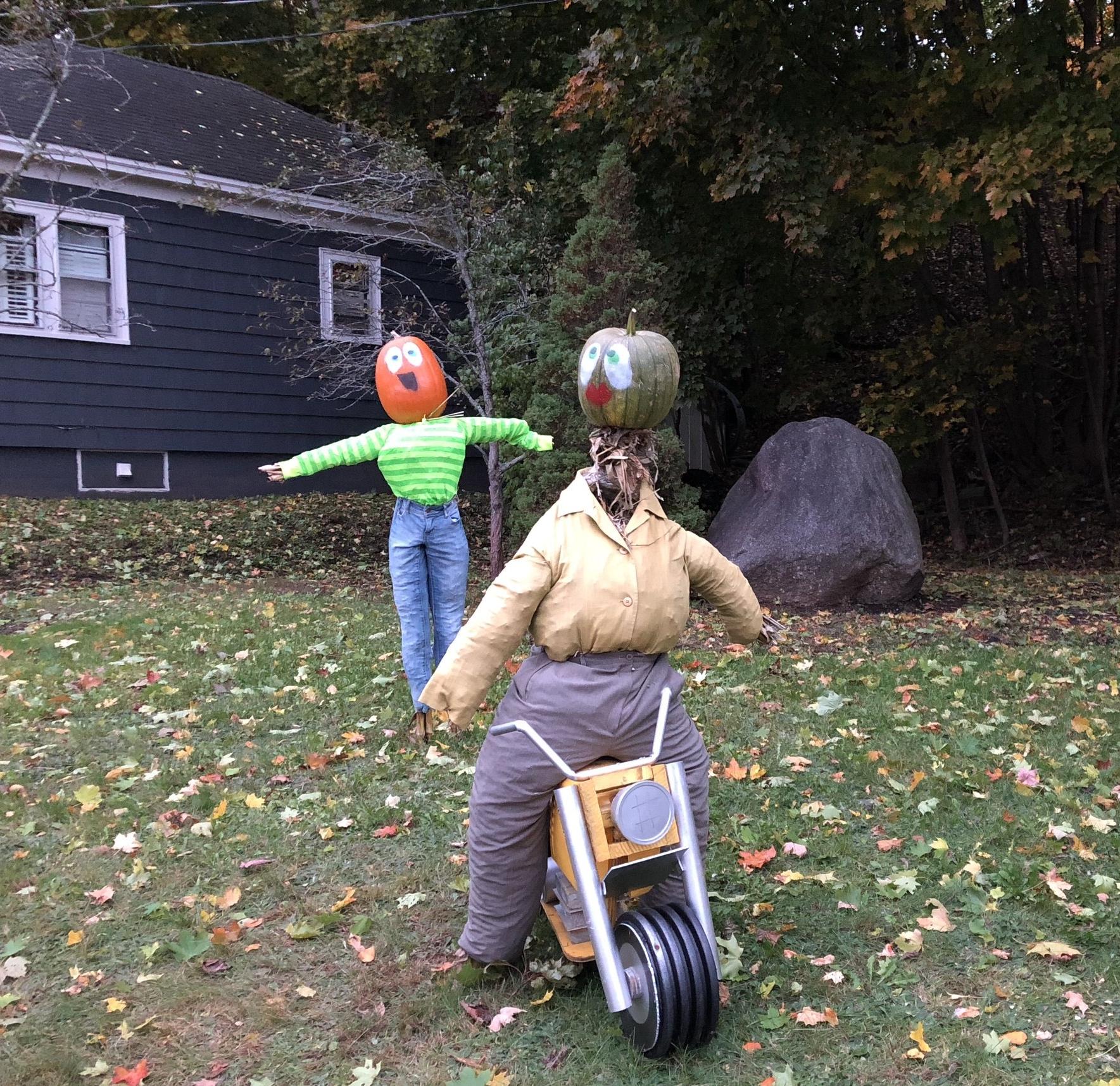 pumpkin people.JPG