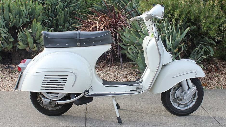 1963 VESPA GS 160 SERIES 1 (IC-176) - One of the most sought-after of all the Vespas made only for a short time. It is a Series 1 GS 160, but also has the glovebox from a Series 2 GS. The best of both worlds!