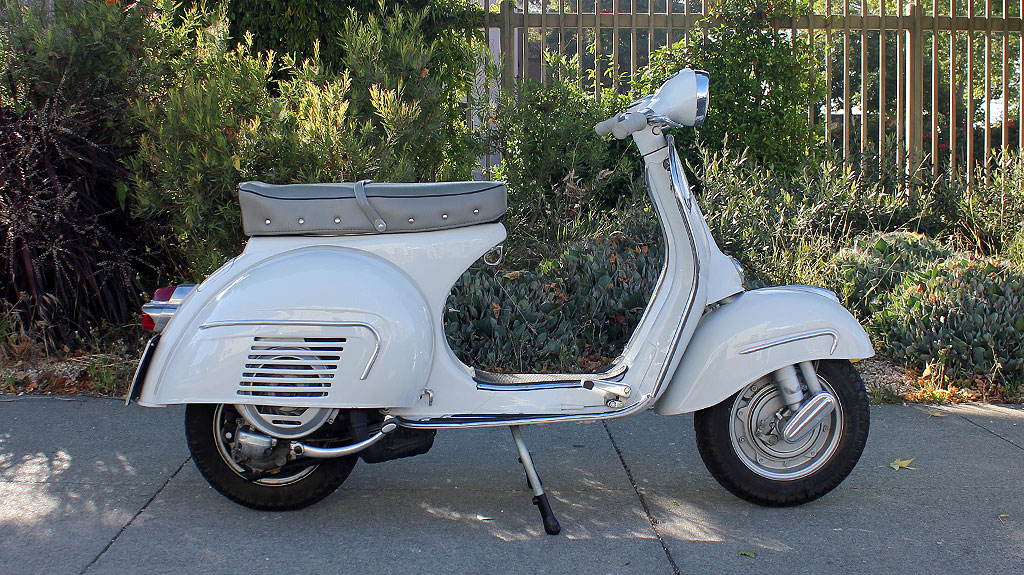 IC-225_1962_Vespa_GS160-1.jpg