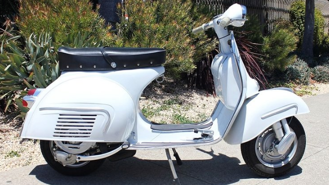 1963 VESPA GS 160 (C-109) - The GS 160 was the top of the line scooter in the Vespa range. It was fast, smooth, and stylish… and it still is. More than a replacement for the GS 150 it replaced, it was a complete white-sheet redesign.