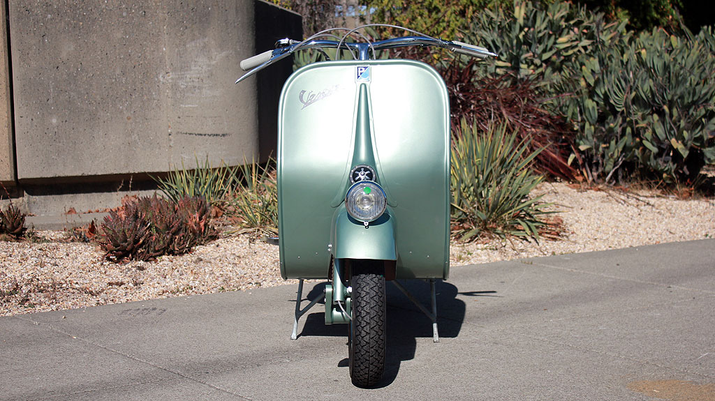 IC-145_1951_Vespa_Rod_3.jpg