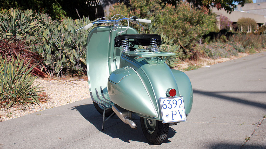 IC-145_1951_Vespa_Rod_10.jpg