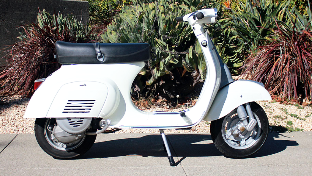 1986 VESPA 50 (IC-209) - This scooter has had some nice performance modifications. Beyond that, this is just a very clean and tidy build. It is a late-model 50, and has the hallmarks of its era.
