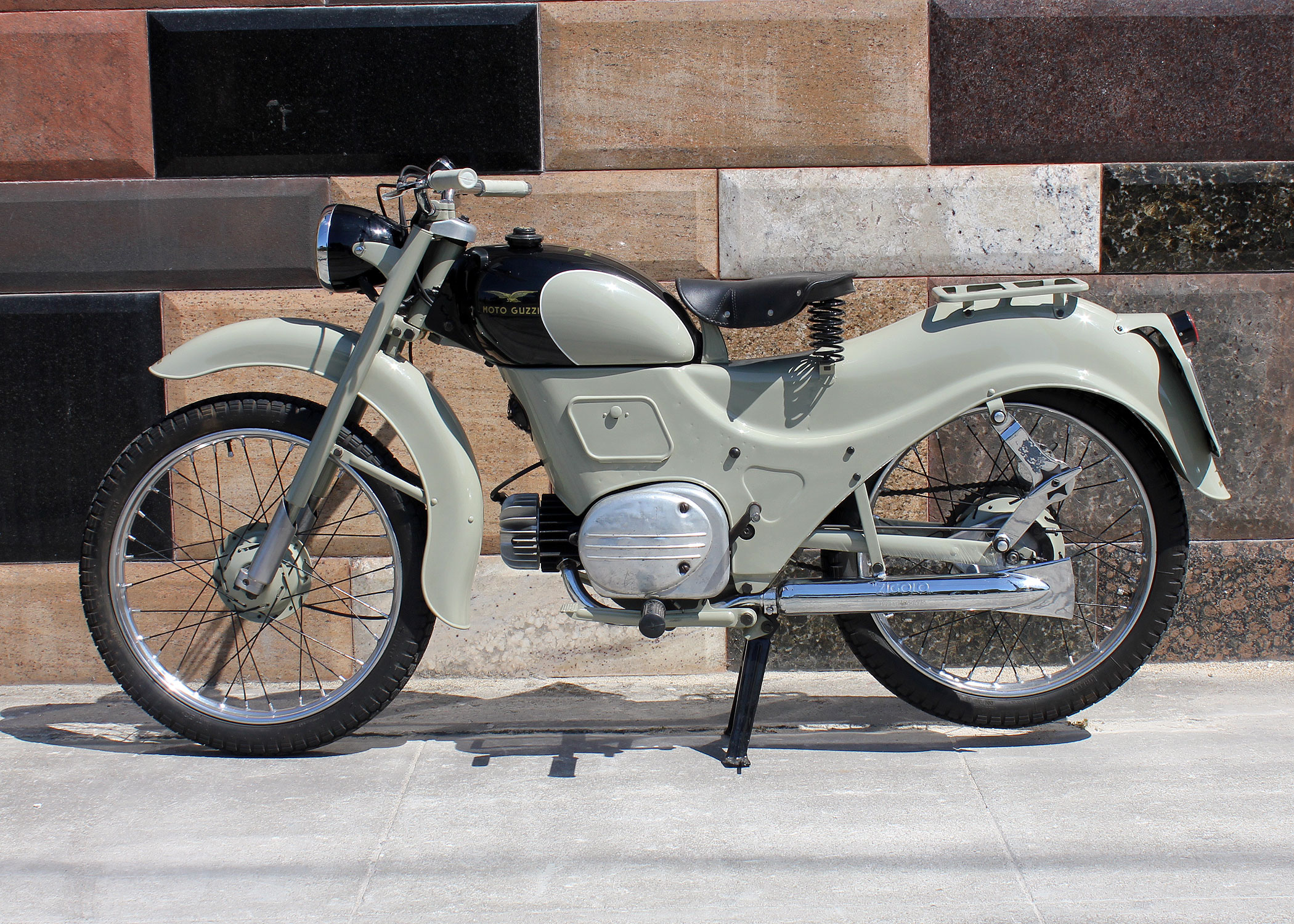 D198_MotoGuzzi_Zigolo_8.jpg