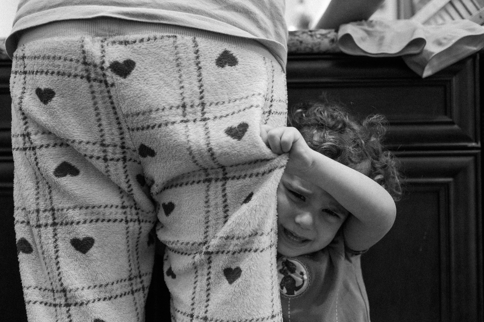 Ari Dorfman_Motherhood_0001.jpg