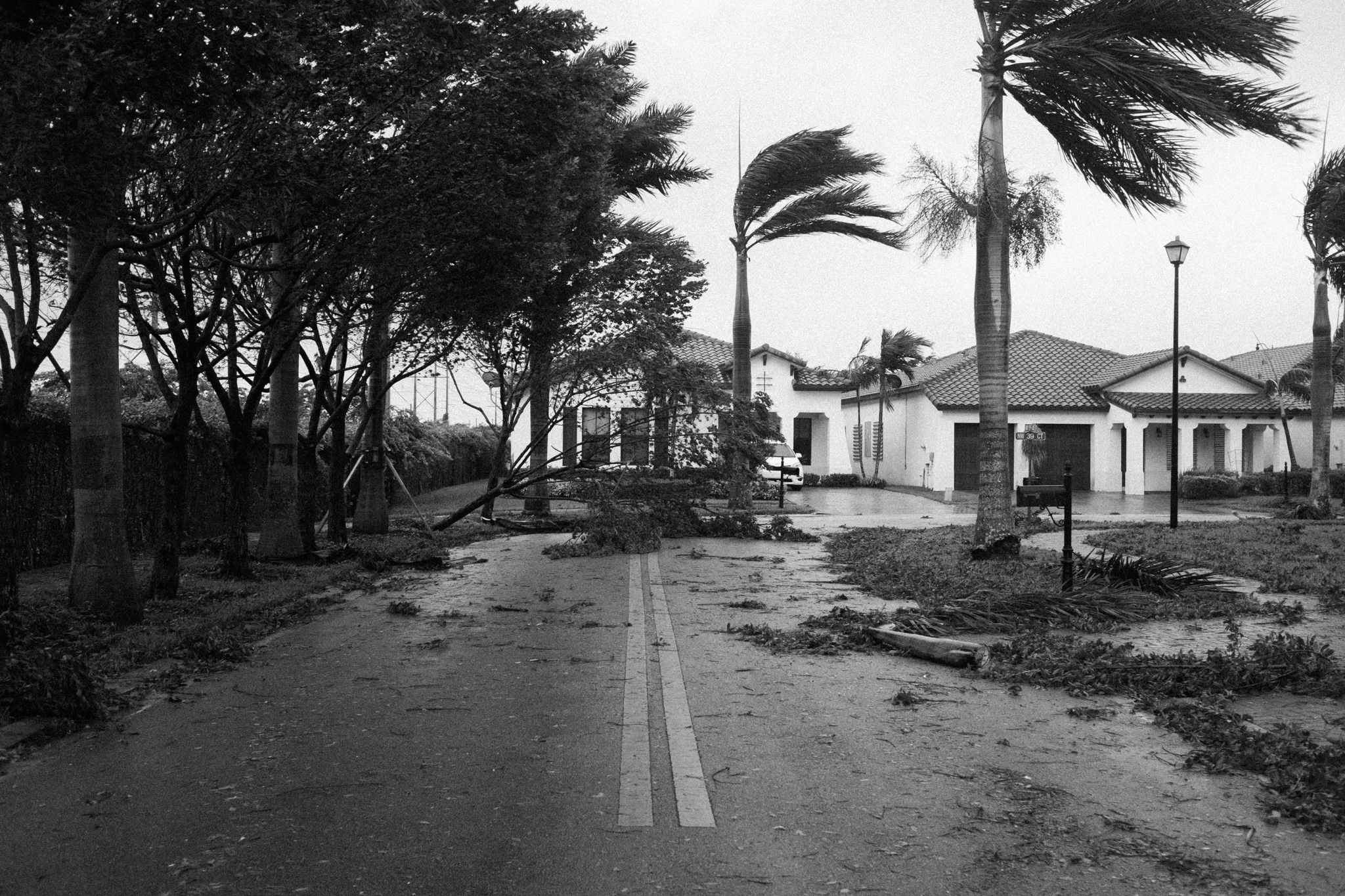 Ari Dorfman Documentary Photography Hurricane Irma-0002.jpg