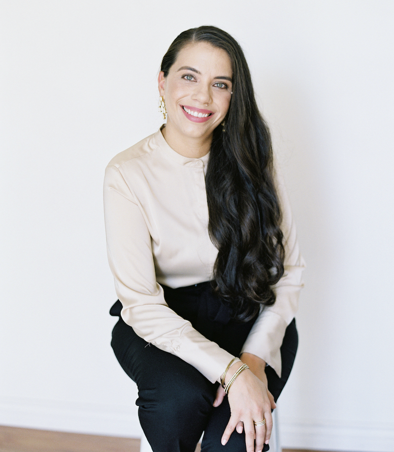 HEY FLEUR FAMILY! - I'm Cristina Barragan, founder of Fleursociety and Chief Creative Officer over at Posh Peony. I am so happy that you are here!This amazing online community packed with resources was created with you in mind to help guide you through your floral growth journey.ARE YOU READY TO DIVE IN?