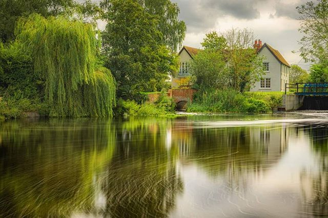 Mill House, Captured on my 28.97km (18.00mi) walk following the river Chelmer from Chelmsford to Heybridge Basin, here in Essex.  #nb_nature_brilliance #rural_love#photosofbritain#lovegreatbritain #everything_imaginable #capturingbritain#britains_talent #ukshots#fingerprintofgod #gottalove_a_#awesome_earthpix #fiftyshades_of_nature#osmaps #ukpotd#country_features #scenicbritain#fromlakelandwithlove#renegade_rural#thelakelanders #landscapephotography #nature_perfection#visualsofbritain #igerscumbria