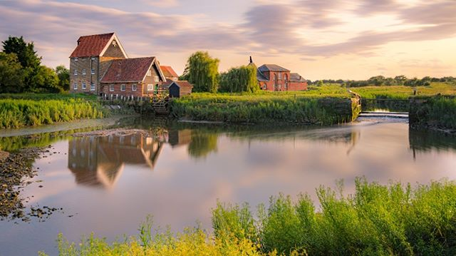 Battlesbridge Old Mill, a photograph I captured back in 2017 before starting this Facebook page. It truly shocks me to see how my post-processing skills have come along.  #nb_nature_brilliance #rural_love #photosofbritain #lovegreatbritain #everything_imaginable #capturingbritain #britains_talent #ukshots #fingerprintofgod #gottalove_a_ #awesome_earthpix #fiftyshades_of_nature #osmaps #ukpotd #country_features #scenicbritain #fromlakelandwithlove #renegade_rural #thelakelanders #landscapephotography #nature_perfection #visualsofbritain #igerscumbria
