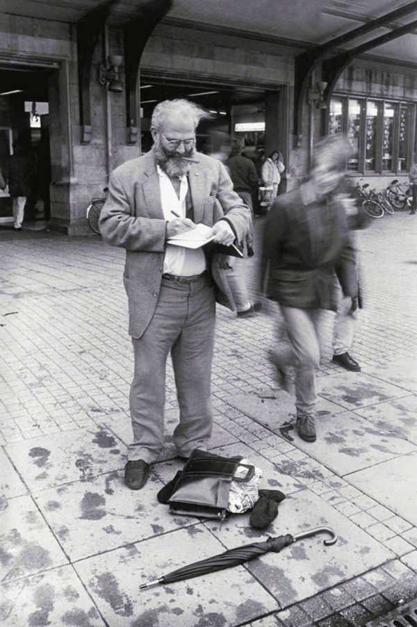 Oliver Sacks, por Lowell Handler.