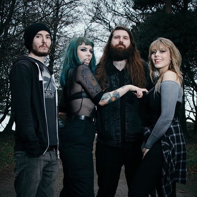 Nothing like a little Valentine's grope! 😍💦 . #valentines #band #femaleguitarist #guitarist #bassist #drummer #singer #green #greenhair #photography #photo #forest #woods #flashphotography #blonde #fishnet #beard #bearded #attitude #sass #weekend #love #picoftheday