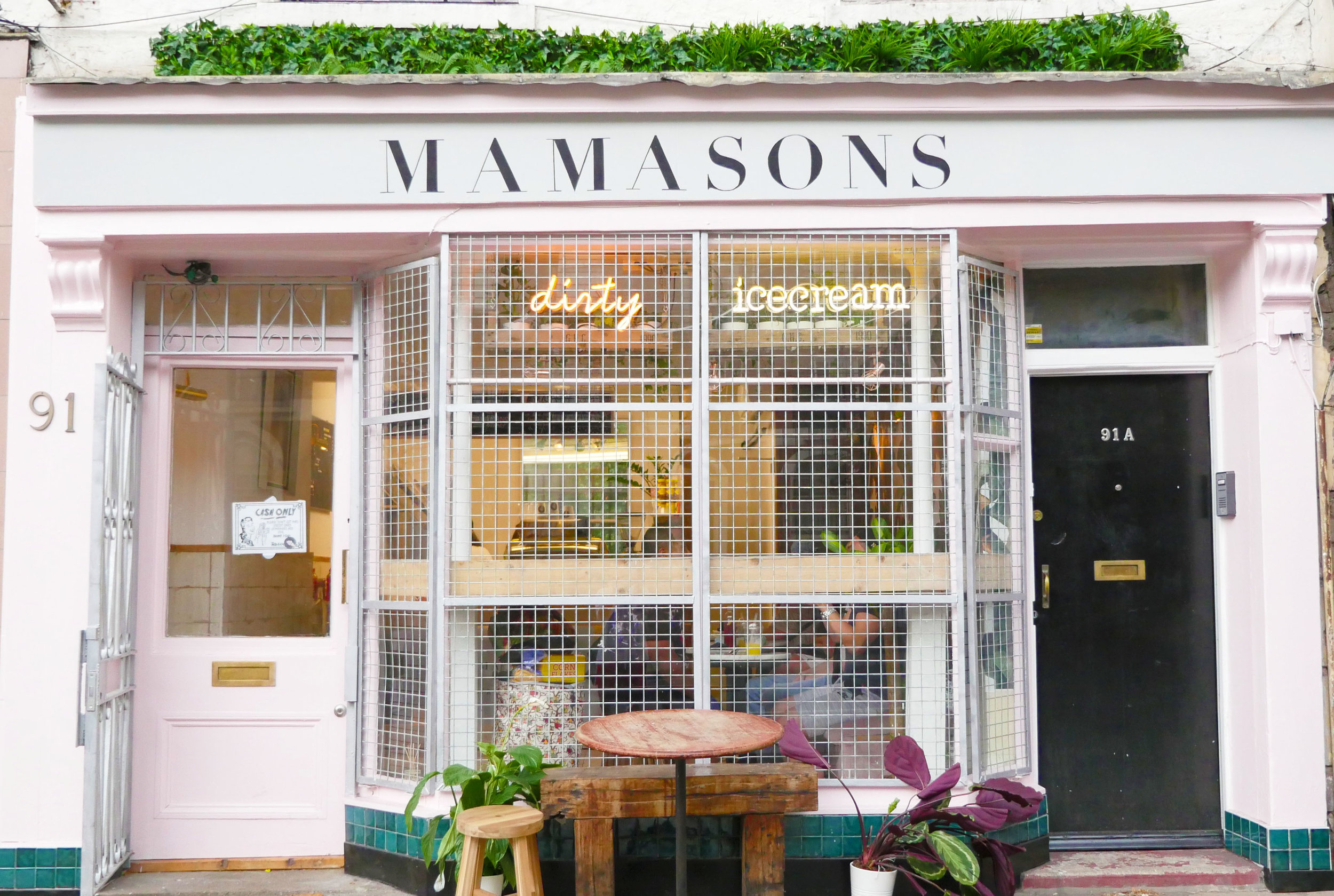 MAMASONS_SHOP_FRONT.jpg