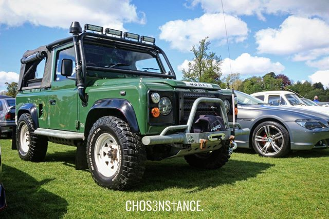 Winter is on its way. Snow would be nothing to this yoke ❄️ - #ChosenStance #landrover #defender #landroverdefender #landroverlife #landroverlove #landrovers #landroverclub #carsceneuk #landroverphotos #jaguarlandrover #classicars #modifiedcars #carlifestyle #modifiedcarscene #carcultureuk #carloversfamily #ukcars #irishcarscene #germancarscene #stanceworks #stancenation #autos_of_our_world #landroverdefenderforever #defenderowners #defenderlife #offroad